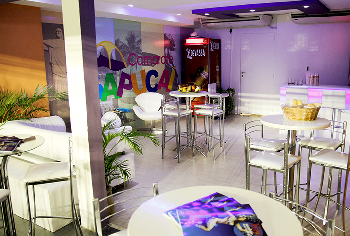 PRIVATE VIP SUITES  FOR GROUPS OR COMPANIES